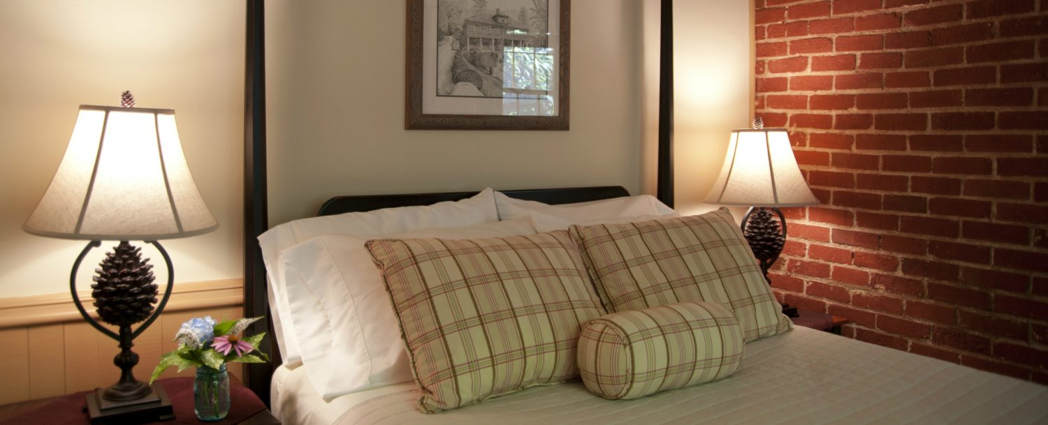 Nantahala Suite Bed