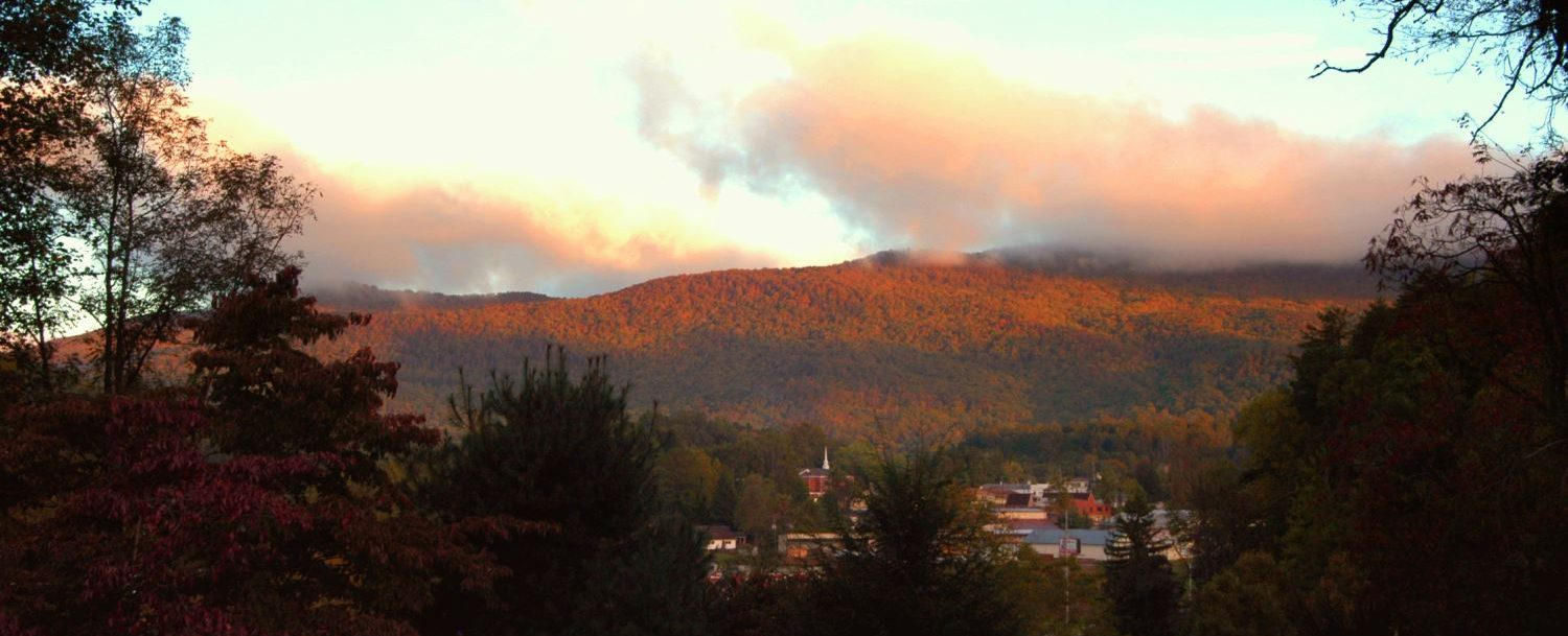 Fall view of Blackrock Mountain