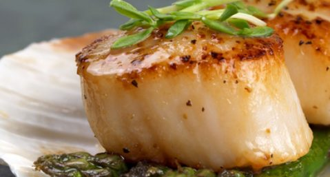 Photo of Pan Seared Dry Scallop with Asparagus